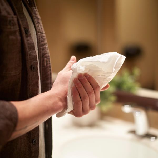 Vorschau: Tork Zickzack Handtuch online kaufen - Verwendung 7