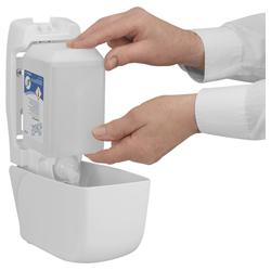Vorschau: Scott® Control™ Antibakterieller Handreiniger 6336 online kaufen - Verwendung 2