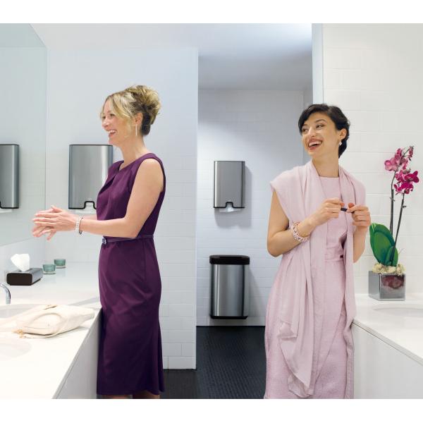 Vorschau: Tork Xpress® Spender für Multifold Handtuch online kaufen - Verwendung 8